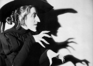 wicked-witch-margaret-hamilton-1.jpg
